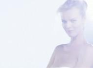 Eva Herzigova  – Capture Totale di Christian Dior