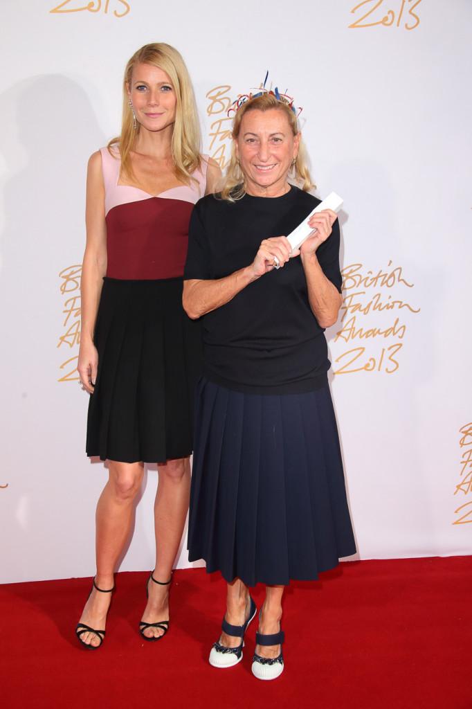 Gwyneth Paltrow & Miuccia Prada (winner, International Designer of the Year)