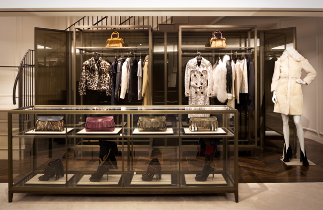 burberry store outlet xihk  Burberry_2015_STORE_IMAGES_SHINJUKU_RGB_CROPPED_06  Burberry_2015_STORE_IMAGES_SHINJUKU_RGB_CROPPED_04  Burberry_2015_STORE_IMAGES_SHINJUKU_RGB_CROPPED_03