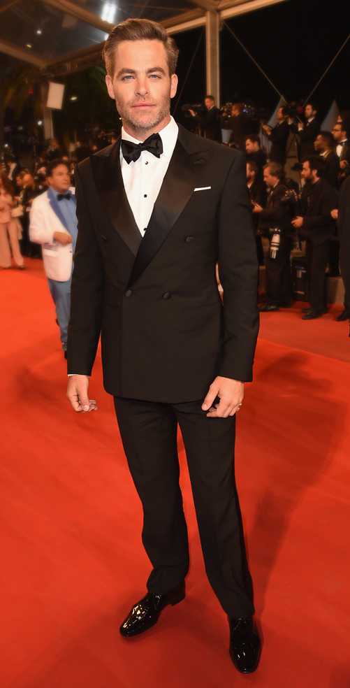 """CANNES, FRANCE - MAY 16: Actor Chris Pine attends the """"Hands Of Stone"""" premiere during the 69th annual Cannes Film Festival at the Palais des Festivals on May 16, 2016 in Cannes, France. (Photo by Stephane Cardinale - Corbis/Corbis via Getty Images)"""