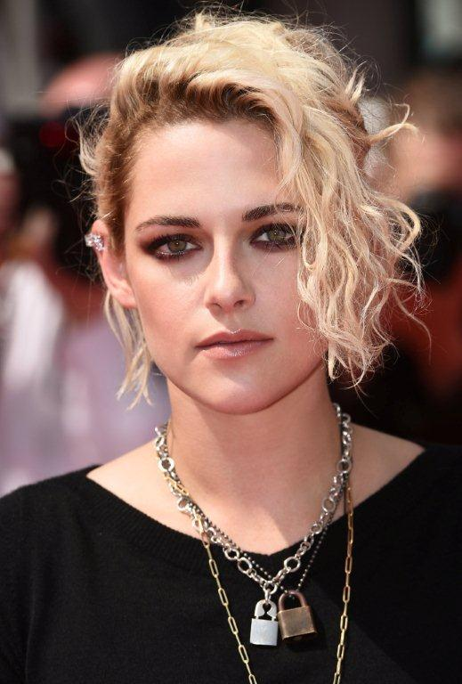 Kristen STEWART_69th Cannes International Film Festival_May 15th_3