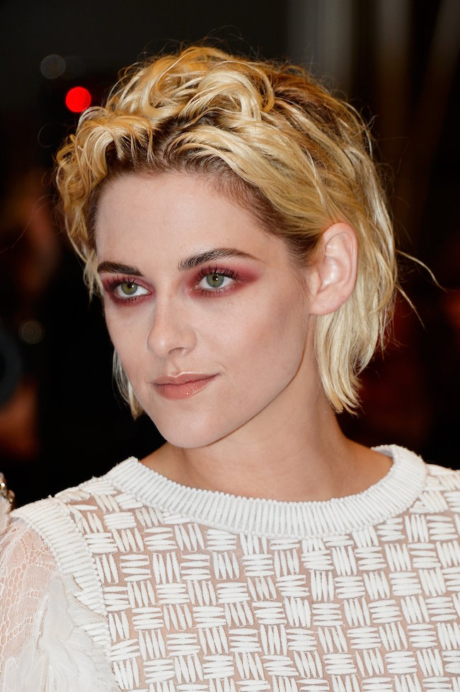 "CANNES, FRANCE - MAY 17: Actress Kristen Stewart attends the ""Personal Shopper"" premiere during the 69th annual Cannes Film Festival at the Palais des Festivals on May 17, 2016 in Cannes, France. (Photo by Pascal Le Segretain/Getty Images)"