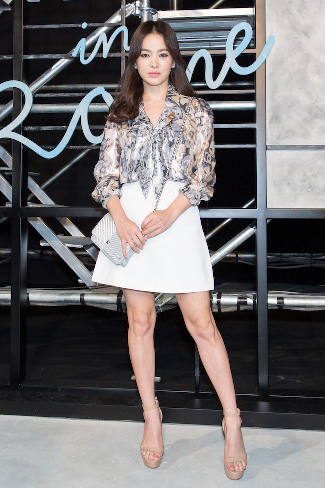 Song HYE KYO_Métiers d'art Paris in Rome 201516 show in Beijing_Photocall pictures