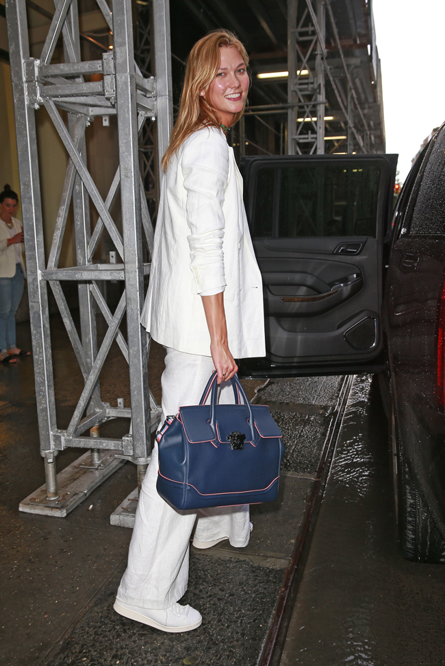 e660e859c7 Karlie Kloss with the Versace Palazzo Empire bag