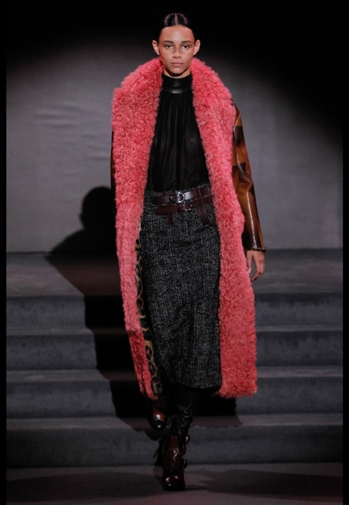 03_tom_ford_fall_2016_ready_to_wear_jpg_1495_north_1382x_black