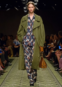 burberry-september-2016-collection-look-22