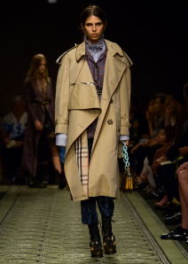 burberry-september-2016-collection-look-57