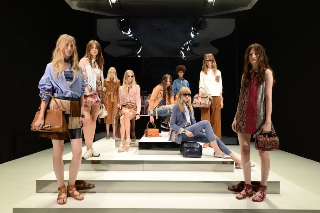 tods-timeless-icons-ss17-tableau_03
