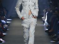 Versus ss17 the new manifesto of Donatella Versace